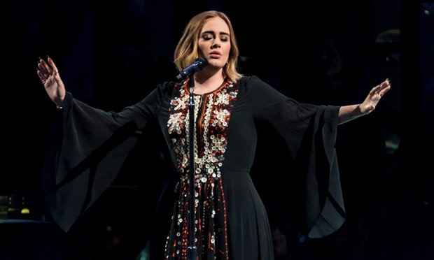 Adele delivers at Glastonbury! Watch full set
