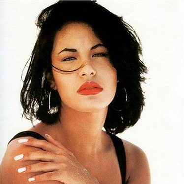 Selena Quintanilla to receive a star on the Hollywood Walk ofFame