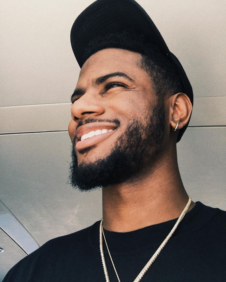 "Bryson Tiller ""Set It Off"" Tour Features H.E.R. & Metro Boomin"